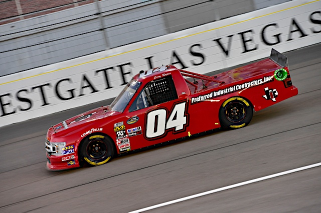 Late Race Contact Leaves Roper 25th in Las Vegas